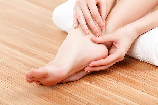 La importancia de masajearte los pies