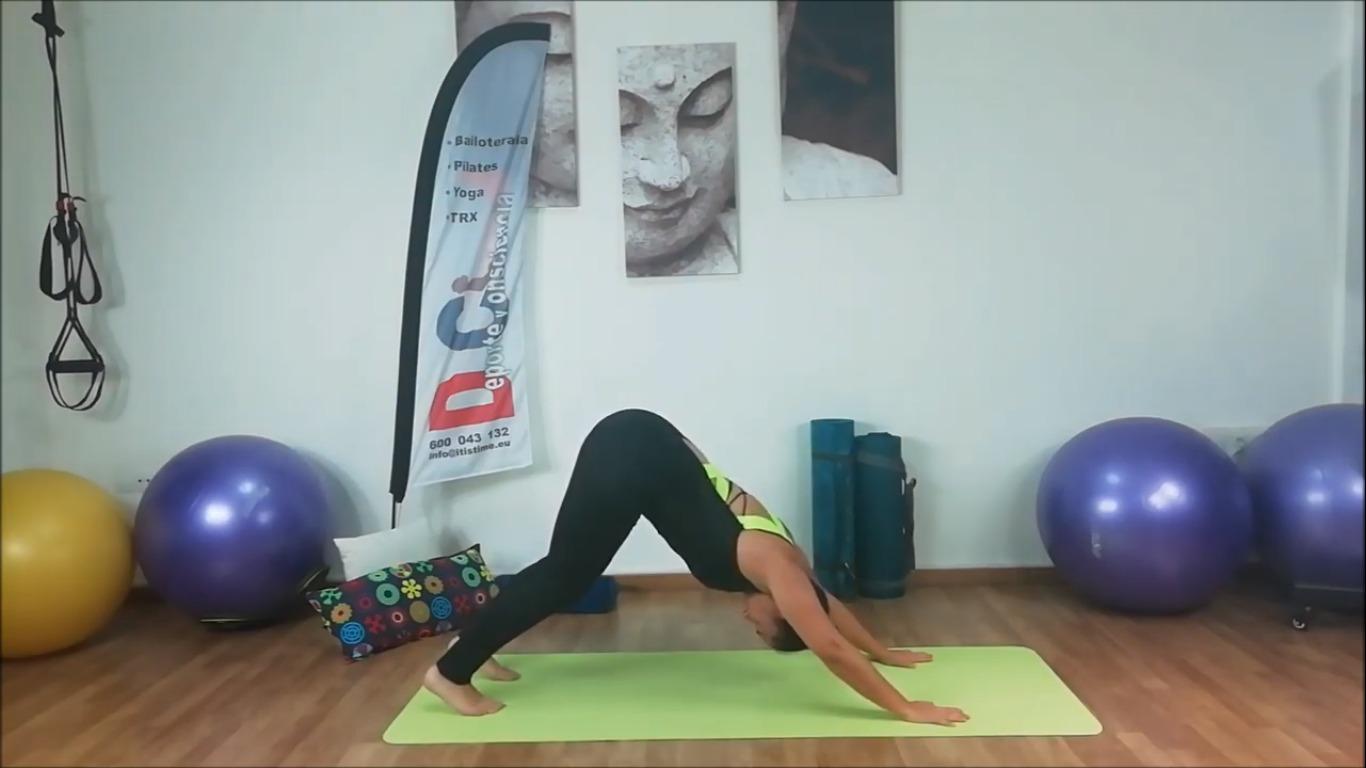 Clase de yoga, cinco elementos
