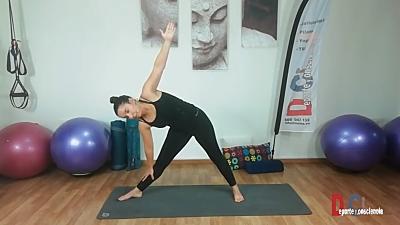 Yoga para fluir movimiento y respiración